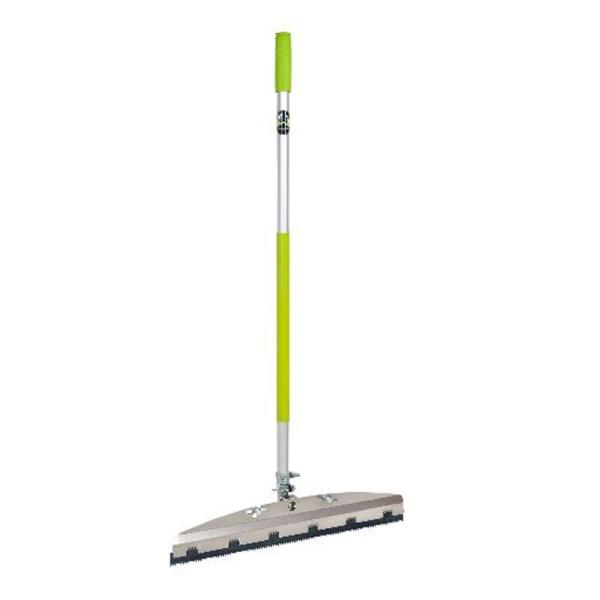 Wolff Ausgleichsmassenrakel 56cm - Ermöglicht das Auftragen von Ausgleichsmassen im Stehen auf Bodentools.de